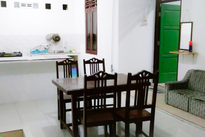 Ruang Makan Omah Adisucipto Homestay Jogja