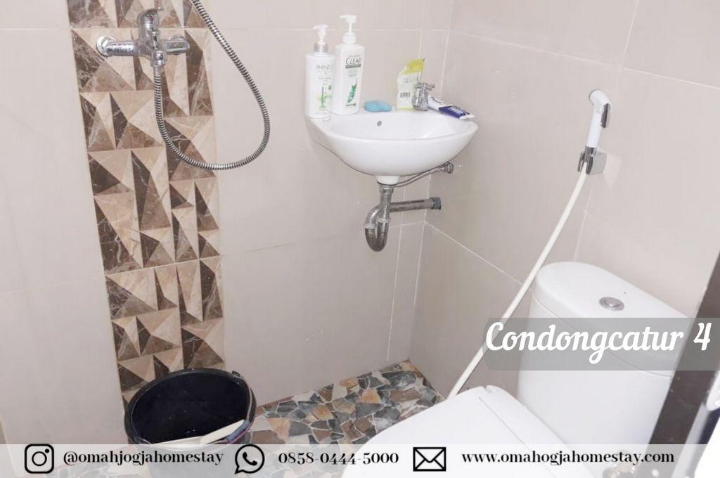 Homestay Omah Condongcatur 4 - Kamar Mandi