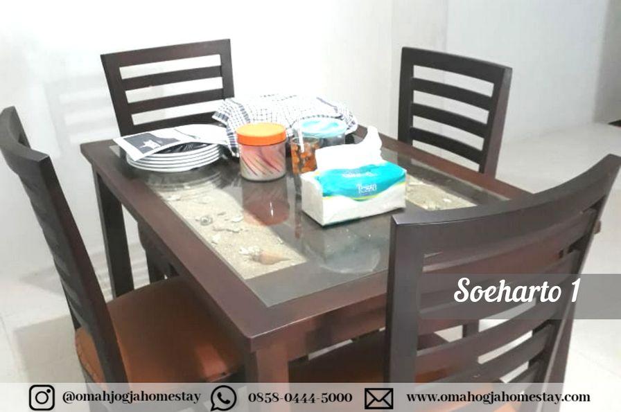 Omah Soeharto 1 ruang makan