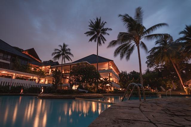 contoh hotel